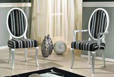 Scaun tapitat pentru bucatarie este o piesa de mobilier gratioasa, in stil baroc, cu elemente decorative sculptate manual care aduce eleganta interioarelor noastre. Este lucrate manual, din lemn de fag. Tapiseria si culoarea lemnului, va invitam sa le personalizati in functie de ambientul  casei dumneavoastra. #scaun #scaune #chair #chairs #scauneclasice #scaunetaptate #scauneliving #scaunebucatarie Dining, Chair, Furniture, Home Decor, Food, Decoration Home, Room Decor, Home Furnishings, Stool