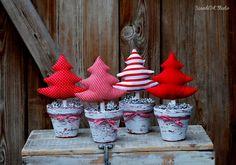 ScandiArt Studio z Pakamera. Christmas Wrapping, Christmas Baking, Christmas Crafts, Xmas, Christmas Ornaments, Church Christmas Decorations, Holiday Decor, Fabric Tree, Craft Day