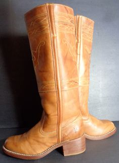 FRYE 77370 Campus Stitching Horse Saddle Leather Boots Women's Size 6 #Motorcycle Boots #Biker Boots #Fashion #Harness Boots #Engineer Boots At Eagle Ages we love motorcycle boots.  You can find a great choice of second hands motorcycle boots in our store https://eagleages.com/shoes/boots/women-boots/cowboy-boots.html