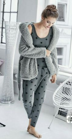 - Pyjama onesies al day Minimalistic Style, Touch Of Gray, Cooler Look, Vintage Mode, Overall, Remy Hair, Winter Wear, Nightwear, Dress To Impress