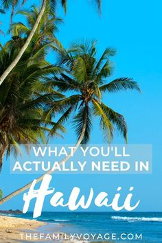 Are you packing light for Hawaii? Then this is the only Hawaii vacation packing list you'll need! This Hawaii checklist covers all aspects of packing for Hawaii: clothes, sun protection, electronics, bags and more. Vacation Packing, Packing List For Travel, Packing Lists, Hawaii Vacation, Maui Hawaii, Kauai, Travel Tips, Travel Ideas, What To Wear Hawaii
