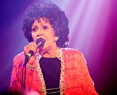 Wanda Jackson Now | Wanda Jackson played a NYE show at the Double Door (pics)
