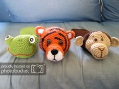 Amigurumi Golf Club Covers - CROCHET - EDIT: Pics of my dad modeling these on his golf clubs on page I made these for my dad for Christmas. Golf Club Covers, Golf Head Covers, Knit Crochet, Crochet Hats, Homemade Christmas Gifts, Arm Knitting, Yarn Crafts, Golf Clubs, Crochet Projects