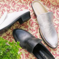Robinイメージ Heeled Mules, Shoes, Fashion, Moda, Zapatos, Shoes Outlet, Fashion Styles, Shoe, Footwear
