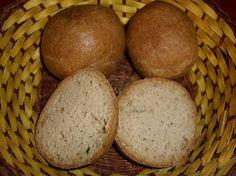 Sehen aus wie richtige Brötchen und schmecken auch (fast) so. Sonntag Morgen, frisch aus dem Ofen …
