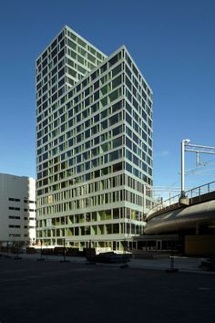 Hyper-Hybrid - Hochschul-Hochhaus in Den Haag von Wiel Arets fertig