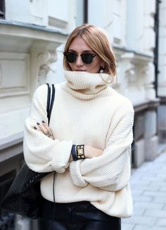 Bloglovin Blog Fall Winter Style Oversized Turtleneck Ribbed Sweater Ray Ban Clubmaster Sunglasses Studded Cuff Croc Embossed Tote Leather Pants Sweater Blogger Josefin Dahlberg