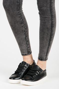 Největší internetový obchod s obuví, nejnovější trendy, slevy, výprodeje. Módní kozačky, balerínky, lodičky, kotníkové boty, sandály, trepky, tenisky. Trendy, Black Jeans, Pants, Fashion, Trouser Pants, Moda, Fashion Styles, Black Denim Jeans, Women's Pants