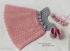 Crochet et plus. - Crochet et plus.Crochet et plus… Crochet Toddler, Baby Girl Crochet, Crochet Baby Clothes, Crochet For Kids, Crochet Mittens Free Pattern, Crochet Patterns, Crochet World, Knit Crochet, Crochet Phone Cases