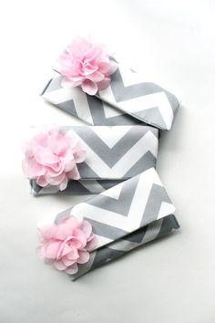 Bridesmaid Clutch Set of 3 Gray and Blush Pink by | http://aodaivietnamphotos.blogspot.com