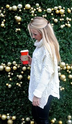Casual Holiday Party Look // www.amybelievesinpink.com