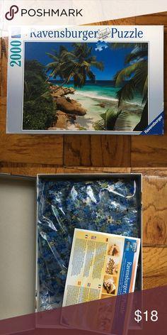 RAVENSBURGER puzzle 2000 pieces Beach view premium puzzle. Never used. Softclick technology. Ravensburger Accessories