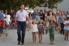 Prince Felipe, Princess Sofia, Princess Leonor and mommy dearest Princess Letizia.