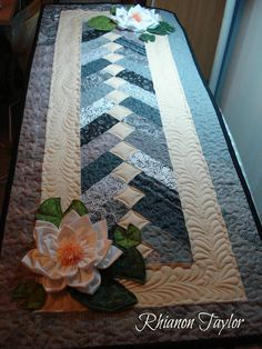 The Nifty Stitcher: Table Runner with Water Lilies