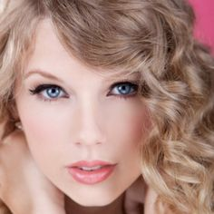 Taylor Swift Very natural look perfect for everyday school, work, etc.   Just use a matching foundation, a light blush, a shimmery eyeshadow, liquid (or kohl) eyeliner, and mascara! Tada!