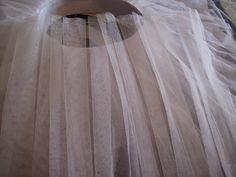 Tutorial para hacer un tutú de ballet de plato con aro.   Si Coppelia vistiera de Prada Tutu Ballet, Prada, Tulle, Ideas Para, Outfit, Home Decor, Fashion, Ballerina, Vestidos