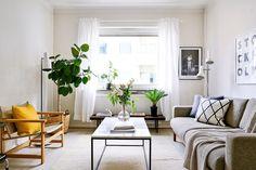 Välkommen till en mycket centralt belägen lägenhet på Kungsholmsgatan 13, Nedre Kungsholmen. Visas 2/20 & 3/10 Foto: @clearcutfactory Styling: @temporart #husmanhagberg #stockholm #kungsholmen #interiordesign #scandinavianhomes #tillsalu