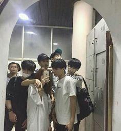 Korean Best Friends, Boy And Girl Best Friends, Guys And Girls, Ulzzang Kids, Ulzzang Couple, Bff Pictures, Best Friend Pictures, Cute Korean Boys, Cute Boys