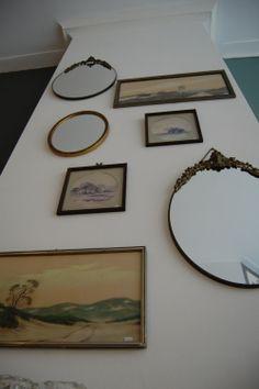 oude spiegels en schilderijen