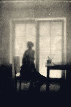 Irma Haselberger- beautiful - it almost looks like graphite.Irma Haselberger- beautiful - it almost looks like graphite. Dark Photography, Black And White Photography, Dark Art, Oeuvre D'art, Old Photos, Black White, Portraits, Fine Art, Scene