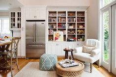 The Keeping Room. keeping room off open kitchen, cased-in fridge. Ideas for decorating a keeping room off of the kitchen. Kitchen Sitting Areas, Kitchen Keeping Room, Living Room Kitchen, Kitchen Nook, Kitchen Ideas, Kitchen Small, Diner Kitchen, Kitchen White, Sunroom Kitchen