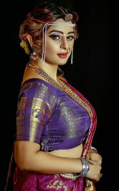 Marathi Wedding, Hello Sunday, Bollywood Actress, Wedding Photography, Wonder Woman, Actresses, Girl Face, Desi, Beauty