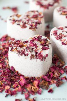DIY: Heart Bath Bomb (for Valentine's Day)