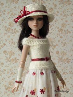 OOAK outfit for ELLOWYNE WILDE, by *evati* via eBay, SOLD 5/18/15  $71.00