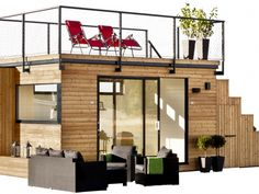 I love tiny spaces - they're so cozy! Swedish cabin with roof top garden & retractable outdoor kitchen via:Living in a shoebox Casas Containers, Plant Containers, Garden Studio, Rooftop Garden, Rooftop Deck, Garden Office, Tiny Spaces, Prefab Homes, Little Houses