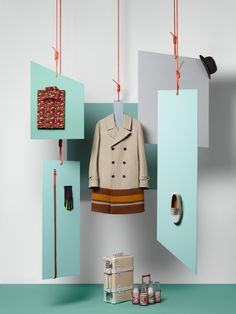 Interesting way of hanging merchandise but also a way of seeing an outfit put together. Change base on weather and season