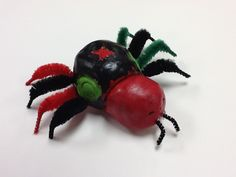Pinch pot insect/spider sculptures. Pipe cleaners make awesome legs! & Pinch pot insects with pipe cleaner legs and wings. | Clay Lessons ...