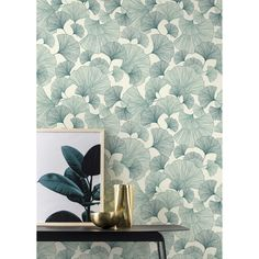 Vinyl Wallpaper on non-woven Green gingko pattern Vinyl Wallpaper, Green Wallpaper, Nature Wallpaper, House Entrance, Cool Walls, Room Decor Bedroom, Wall Decor, Leroy Merlin, Home Decor