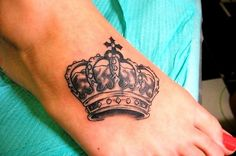 Gorgeous Queen Crown Tattoo On Foot