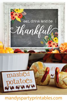 Get your DIY on with this collection of Free Thanksgiving Printables featured here at Mandy's Party Printables! Free Thanksgiving Printables, Thanksgiving Coloring Pages, Thanksgiving Place Cards, Christmas Printables, Party Printables, Diy 1st Birthday Decorations, Thanksgiving Birthday Parties, Food Tags, Diy For Kids