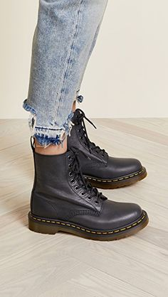 Martens 1460 Pascal 8 Eye Boots - New Ideas Dr. Martens, Dr Martens 1460, Doc Martens Stiefel, Botas Dr Martens, White Doc Martens, Doc Martens Outfit, Doc Martens Style, Doc Martens Boots, Shoes