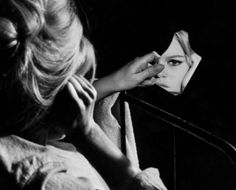 Brigitte Bardot torna al cinema Bridget Bardot, Brigitte Bardot, Karl Blossfeldt, Photografy Art, Fred Herzog, Rock And Roll, Katharine Ross, Mirror Photography, White Photography