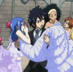 This picture is real,OMG! Grey and Lyon were fighting over juvia!