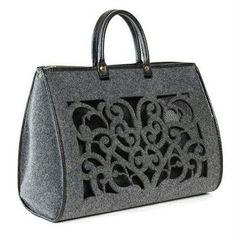 Базовая конструкция сумки «Полотно и два клинчика» - Шьем сумки Легко и Просто! Girly Girl, Handbags, Red, Hand Bags, Bags, Rouge, Purses