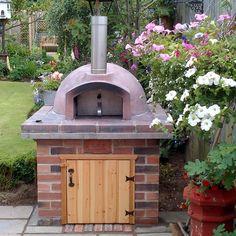 Mezzo Anthony Windross - The Stone Bake Oven Company Brick Oven Outdoor, Brick Bbq, Outdoor Kitchen Bars, Pizza Oven Outdoor, Build A Pizza Oven, Diy Pizza Oven, Pizza Ovens, Bread Oven, Four A Pizza