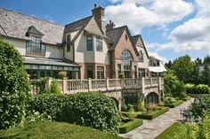Illinois Mansion, House Hunting Stats, Thanksgiving Ideas (LINKAGE) - Real Estate News - REALTOR.com
