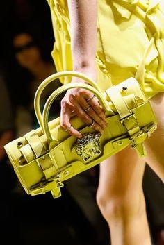 Bolsos y Carteras Blog. Blog de carteras y moda. Argentina.: Versace Spring 2014