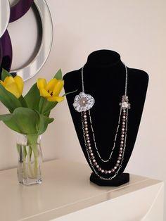 Romantic Pearls: Octubre con ilusión, collar de perlas cultivadas y crochet, hecho a mano. Handmade necklace os cultured pearls. Chic, vintage, bohemian