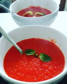 Very easy! Soup Recipes, Healthy Recipes, Cream Soup, Salsa, Good Food, Lunch, Stuffed Peppers, Fish, Cooking