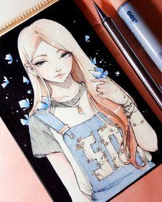 fille cheveux longs blonde salopette papillon bleu et blanc