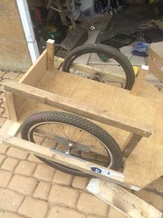 How to Build a Bike Trailer : 8 Steps (with Pictures) - Instructables Small Loft Bedroom, Build A Bike, Bike Trailer, Electric Bicycle, Building, Pictures, Allotment, Bike Trailers, Projects