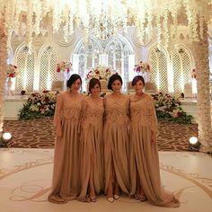 Hairdo for bridesmaids