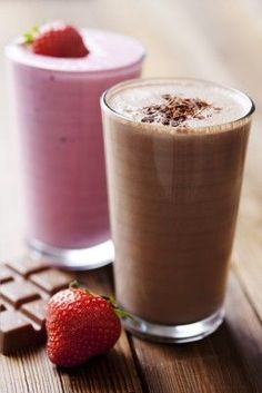 Japanese Diet - These low carb smoothie recipes are great for a quick breakfast or a delicious dessert. Discover the World's First & Only Carb Cycling Diet That INSTANTLY Flips ON Your Body's Fat-Burning Switch Low Carb Shakes, Best Protein Shakes, Protein Shake Recipes, Smoothie Recipes, Keto Shakes, Milkshake Recipes, Milkshakes, Low Carb Drinks, Low Carb Smoothies