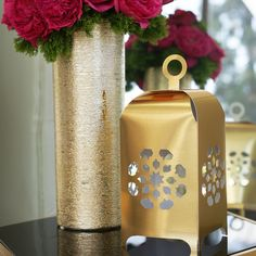 Decorative paper lanterns from modernEID. Can be hung or freestanding, only $8 for a set of 2 lanterns. Come in Gold, Silver, Pearl White and Gloss Black. Perfect as a Ramadan lantern or Fanoos.