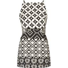 TOPSHOP PETITE Daisy Shift Dress ($95) ❤ liked on Polyvore featuring dresses, vestidos, topshop, monochrome, petite, shift dress, daisy dress, white daisy dress, pattern dress and jacquard shift dress