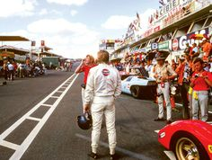 'Steve McQueen: Le Mans In The Rearview Mirror' is the true story of the most beloved and doomed movie in motorsports. On June the film Le Mans Nascar, Steve Mcqueen Le Mans, Film Le, Get Reading, Racing Events, Courses, Rear View, Race Cars, Behind The Scenes